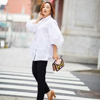 神崎恵さんの私服公開「これまで苦手だった白シャツが着られるようになったワケ」