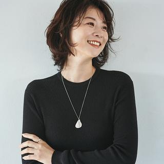 """【40代髪型】""""マッシュウルフ""""はキレイめ好みの人ほどトライする価値あり!?"""