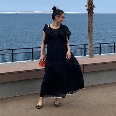 夏のワンピース。合わせる靴で印象チェンジ!