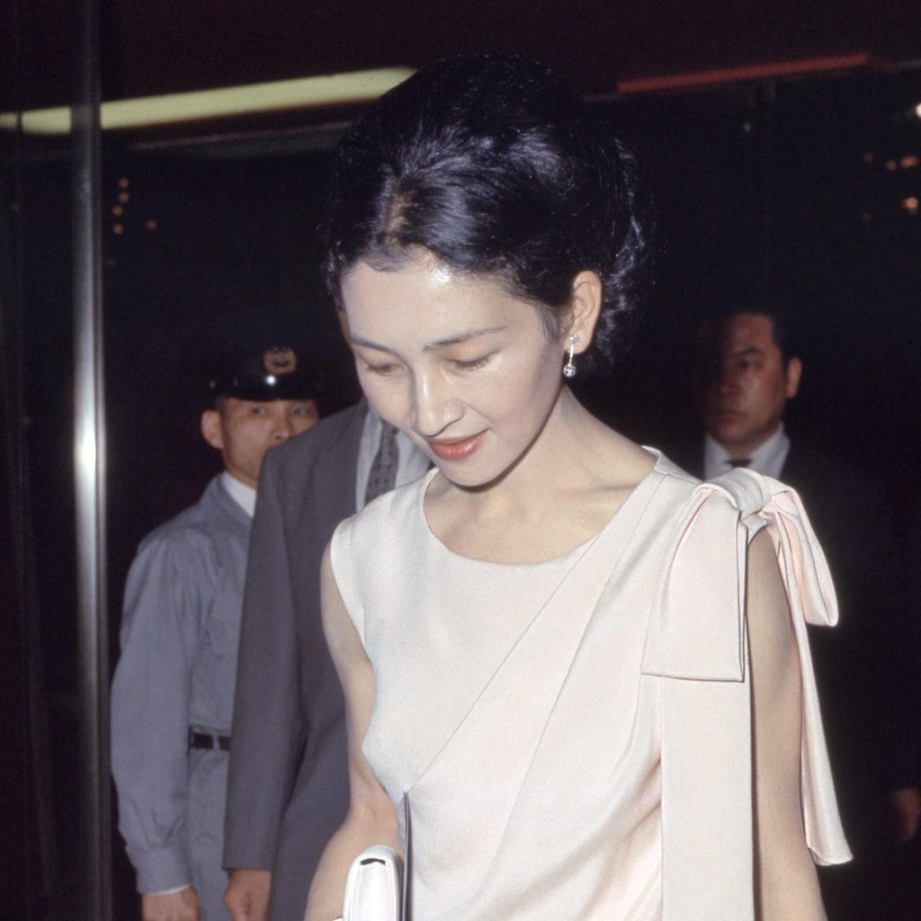 【ご退位直前の美智子さま】夜のコンサートのドレス4選