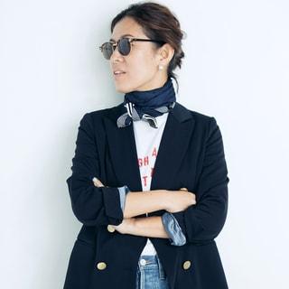 普通の服は「巻き物」で、ドラマティックになる3<ジャケット×スカーフ>【動画】