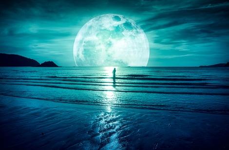 【月星座別占い】月星座と太陽星座の違いは?真の性格や相性もわかる