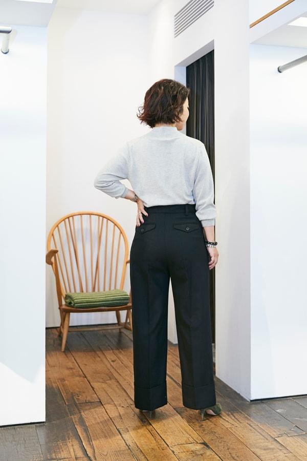 158㎝、42歳。普通の婦人がスタイルアップして見えるパンツって?〜①ウールパンツ編〜スライダー3_3