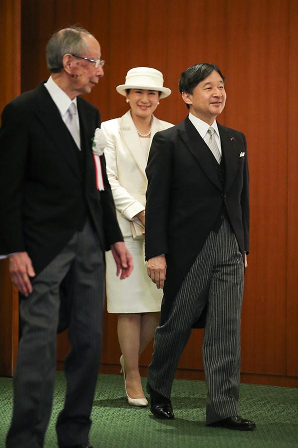 【雅子さまファッション2020】人気ベスト5はご一家の愛と絆がスライダー1_1