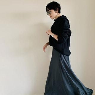 パンツ3本、靴3足で作る「平日コーデ」。ファッションエディターの毎日ワードローブ