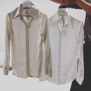 マディソンブルーのシャツ by室井由美子