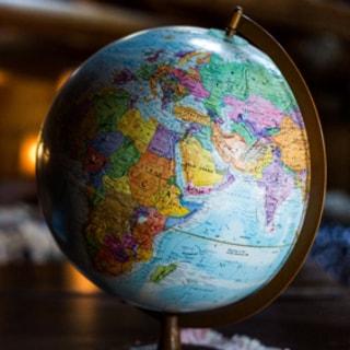 「いつかは海外移住」の夢と現実