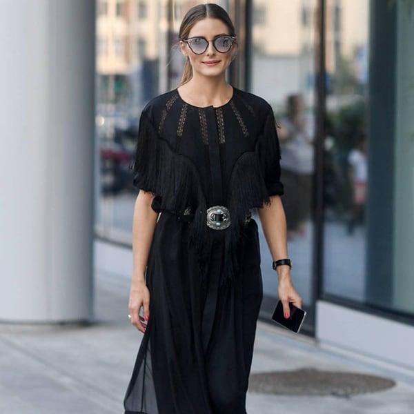 夏に着たい「黒ワンピース」の着こなし9選【海外スナップ】