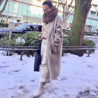 雪が積もった朝のワントーンコーデ by川良咲子