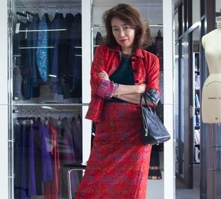 モデル・小林麻美さんの私服スナップ「60代からはじめた挑戦」とは?