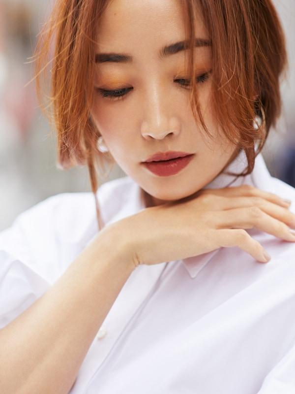 神崎恵さんの私服公開「これまで苦手だった白シャツが着られるようになったワケ」スライダー1_5
