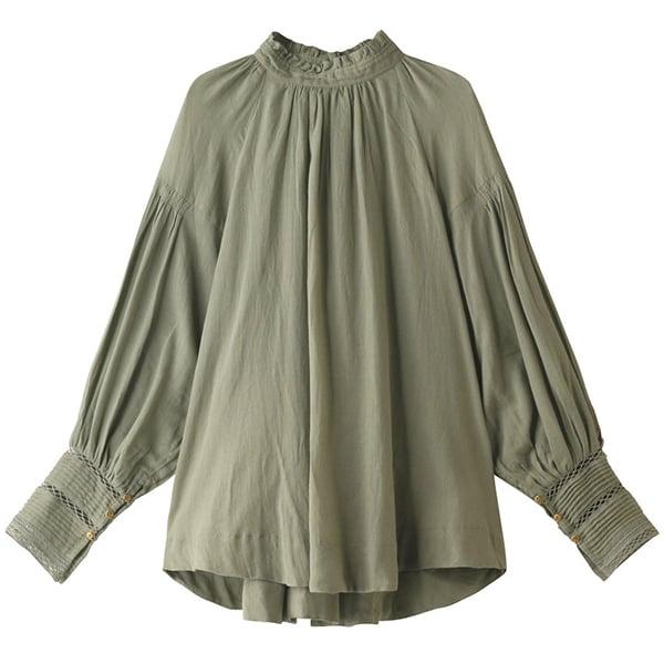 「秋のトレンドカラーはグリーン」ブラウス、スカートなど1点投入でおしゃれに