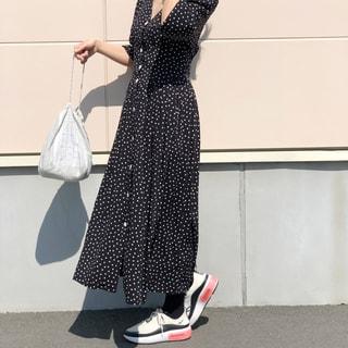 【40代ファッション】旬顔「ダッドスニーカー」をおしゃれに履きこなす!