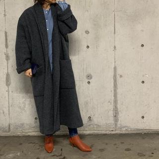 【プロの愛用品】エイトンのガウンコートが着映え!軽い!暖かい!